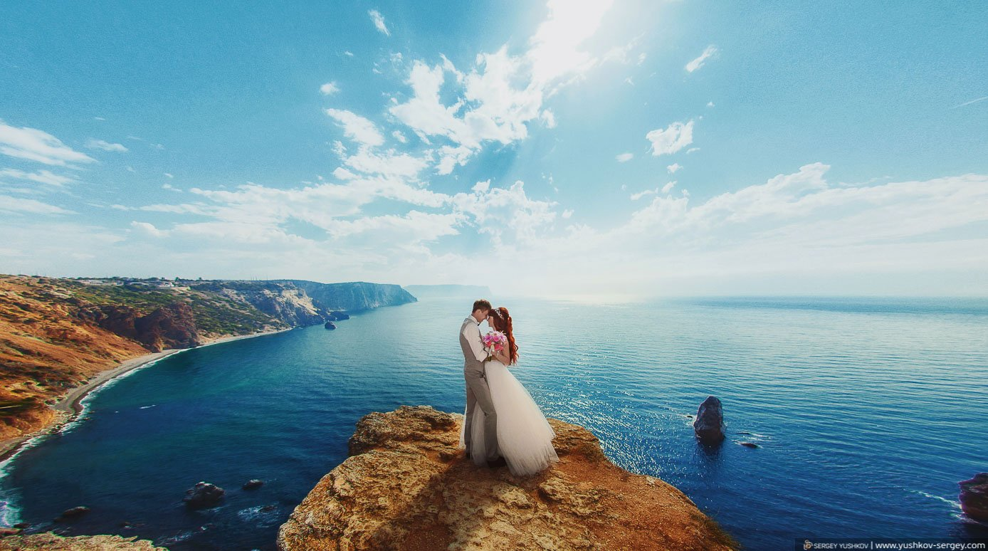 Wedding in Crimea for two. Professional photographer Yushkov Sergey