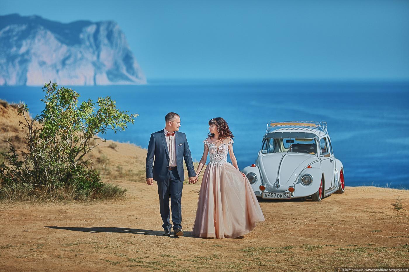 Свадьба для двоих в Крыму. Мыс Фиолент. Свадебный фотограф - Сергей Юшков.