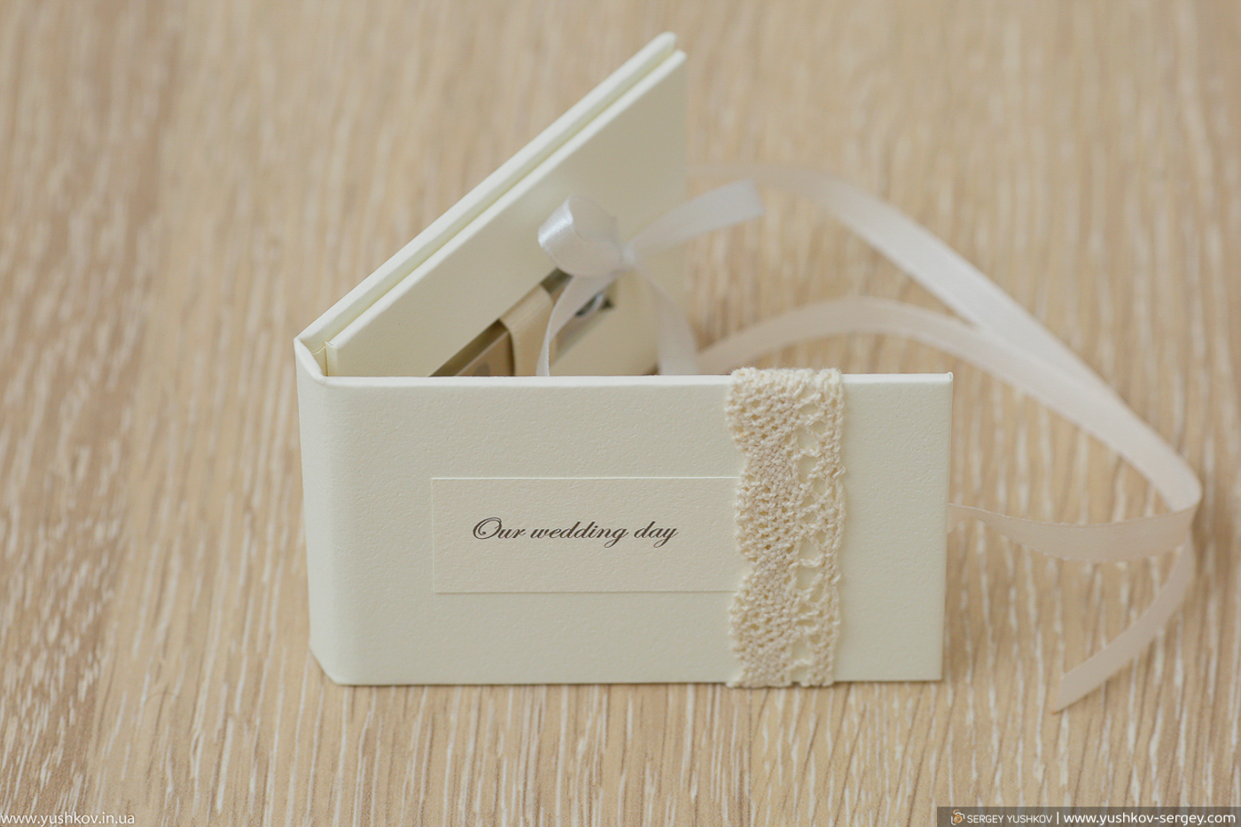 Wedding flash drives