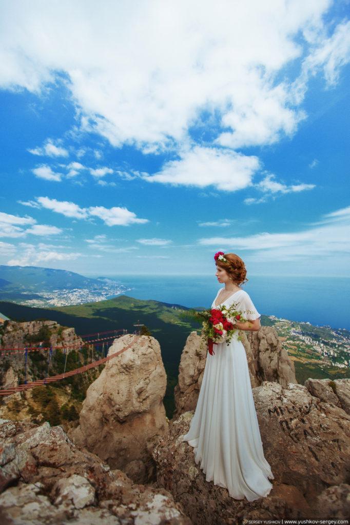 Wedding for two in the Crimea. Photoshoot on Mount Ai-Petri. Wedding and family photographer in Crimea - Sergey YUSHKOV