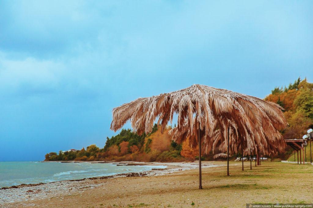 Пляж в Абхазии