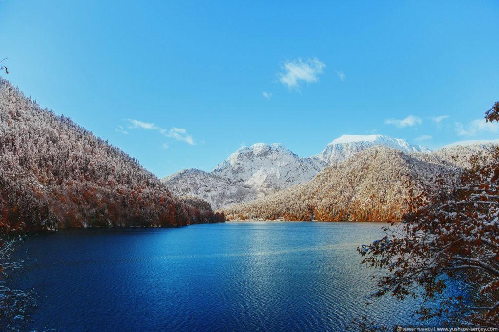 Озеро Рица. Осень. Абхазия