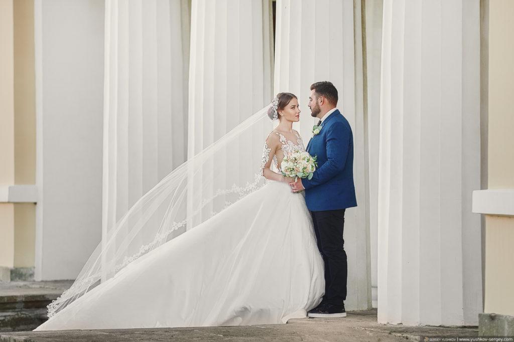 Свадьба для двоих в Крыму. Свадебная фотосессия в парке Воронцовского дворца, Алупка. Фотограф - Сергей Юшков.