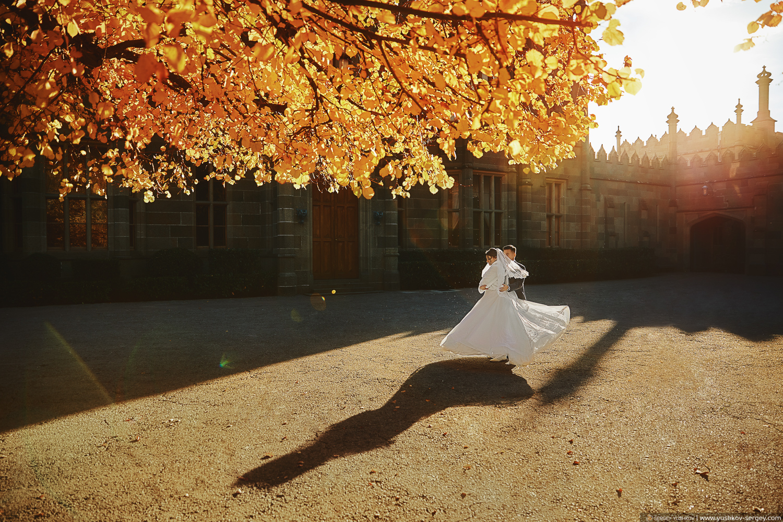 Свадебная фотосессия в Воронцовском дворце. Свадебный фотограф в Крыму - Сергей Юшков